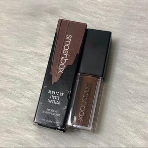 Smashbox liquid lipstick Shade Psychic Medium